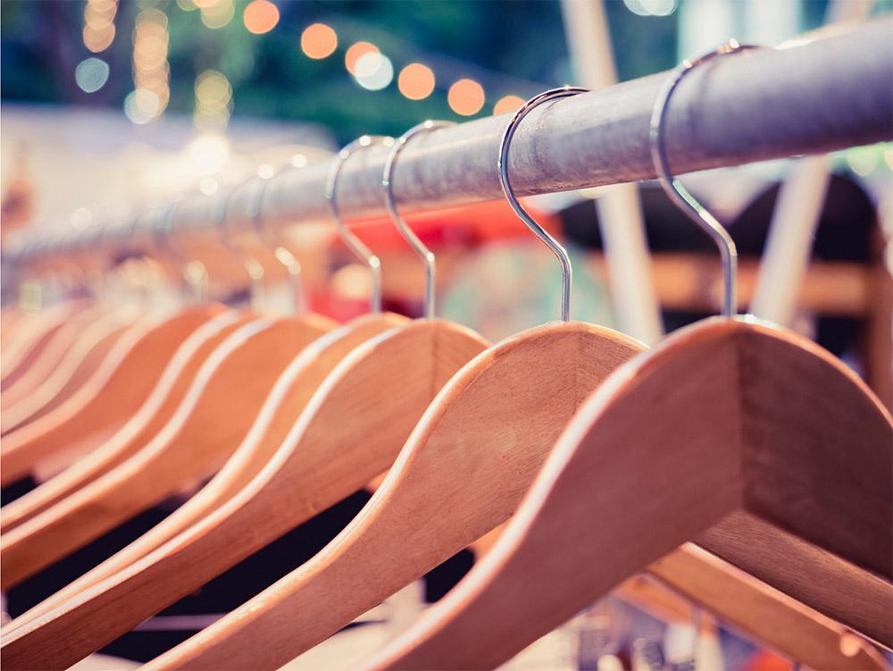 Designer Fashion Consignment Reseller